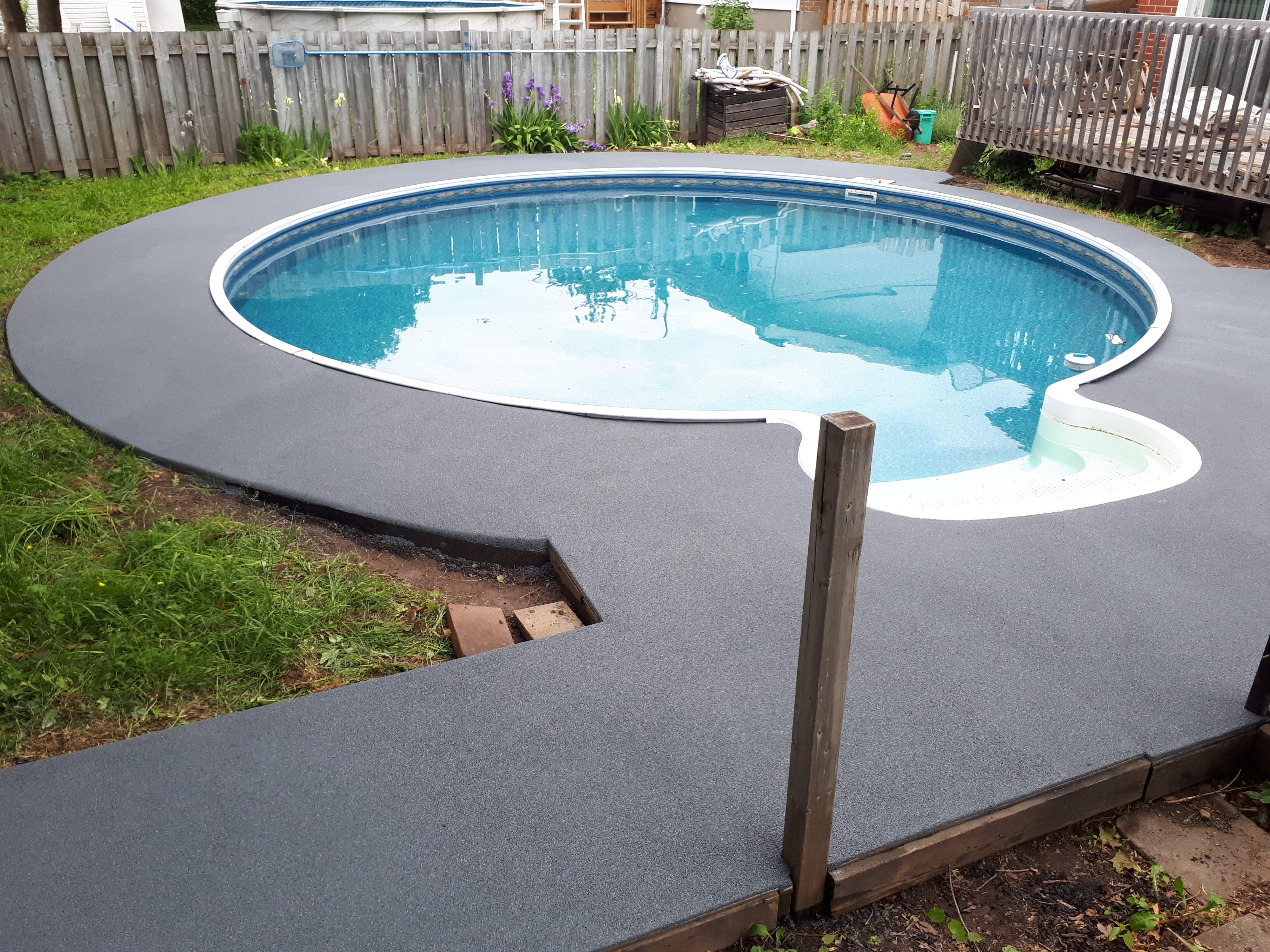 piscine pneu recycl es17 humatraffin. Black Bedroom Furniture Sets. Home Design Ideas